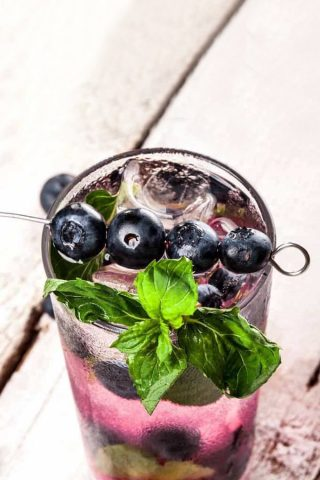 Blueberry & Green Tea Mojito (Non-Alcoholic)