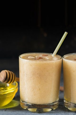 Black Tea & Manuka Honey Frappe